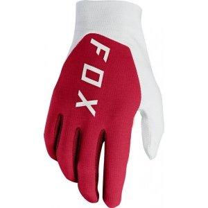 Велоперчатки Fox Flexair Preest Glove, темно-красный 2018Велоперчатки<br>Лёгкие и технологичные перчатки лаконичного дизайна, которые хорошо вентилируются и обеспечивают естественное ощущение руля. Верх модели усилен неопреновыми накладками, а ладонь выполнена из однослойной искусственной кожи Clarino.<br><br><br><br>ОСОБЕННОСТИ<br><br><br><br>Ладонь из однослойной искусственной кожи Clarino<br><br>Силиконовые накладки на пальцах<br><br>Дополнительная накладка в области большого пальца<br><br>Традиционная застёжка на крючке<br>