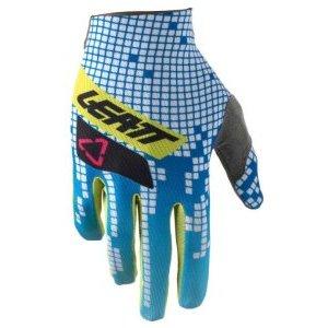 Велоперчатки Leatt GPX 1.5 GripR Equalizer 2018Велоперчатки<br>Лёгкие и тонкие перчатки без застёжек от Leatt. Верх модели выполнен из дышащего эластичного текстиля, а ладонь отделана уникальным материалом MicronGrip, который обеспечивает отличное сцепление как в сухих, так и во влажных условиях. Кроме того, благодаря особому покрою перчатки абсолютно не сковывают движений рук – вероятно, через несколько минут вы и вовсе забудете, что надели их.<br><br><br><br>ОСОБЕННОСТИ<br><br><br><br>Верх выполнен из эластичного дышащего текстиля<br><br>Ладонь отделана материалом MicronGrip, который обеспечивает отличное сцепление как в сухих, так и во влажных условиях<br><br>Особый крой для дополнительного комфорта<br><br>Подходят для работы с сенсорными дисплеями<br>