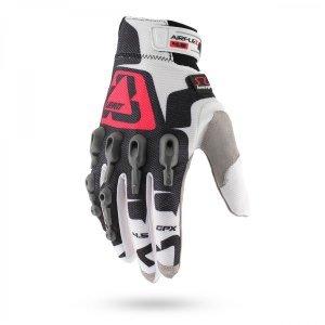Велоперчатки Leatt GPX 4.5 Lite Glove, бело-красно-черный 2016Велоперчатки<br>Максимально комфортные и технологичные велоперчатки для тёплого времени года. Верх данной модели выполнен из сетчатого текстиля, а ладонь отделана самым современным материалом под названием NanoGrip, который обеспечивает наилучшее сцепление как в сухих, так и во влажных условиях. Кроме того, эти перчатки соответствуют требованиям стандарта безопасности CE и эффективно защищают пальцы и костяшки от травм при падениях. Стоит также обратить внимание на их стильный внешний вид и на совместимость с сенсорными дисплеями – словом, если вы серьёзно относитесь к катанию, то эта модель однозначно для вас.<br><br><br><br>ОСОБЕННОСТИ<br><br><br><br>Материал: текстиль/Nanogrip<br><br>Защитные накладки из фирменного материала Armourgel<br><br>Соответствуют требованиям стандарта безопасности CE<br><br>Силиконовые накладки на кончиках среднего и указательного пальцев<br><br>Удобная застёжка на липучке<br>
