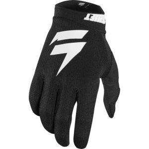 Велоперчатки Shift White Air Glove, черный 2018Велоперчатки<br>Классические вело и мотокроссовые перчатки от Shift. Верх модели выполнен из эластичного дышащего текстиля, а ладонь отделана тонкой искусственной кожей Clarino. Силиконовые накладки на кончиках пальцев обеспечивают лучший контроль ручек тормоза и сцепления.<br><br><br><br>ОСОБЕННОСТИ<br><br><br><br>Материал: текстиль/искусственная кожа<br><br>Силиконовые накладки на кончиках пальцев для лучшего сцепления<br><br>Оригинальная графика<br>