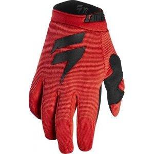 Велоперчатки подростковые Shift White Air Youth Glove, черно-красный 2018Велоперчатки<br>Классические вело и мотокроссовые перчатки от Shift, созданные специально для юных гонщиков. Верх модели выполнен из эластичного дышащего текстиля, а ладонь отделана тонкой искусственной кожей Clarino. Силиконовые накладки на кончиках пальцев обеспечивают лучший контроль ручек тормоза и сцепления.<br><br><br><br>ОСОБЕННОСТИ<br><br><br><br>Материал: текстиль/искусственная кожа<br><br>Силиконовые накладки на кончиках пальцев для лучшего сцепления<br><br>Оригинальная графика<br>