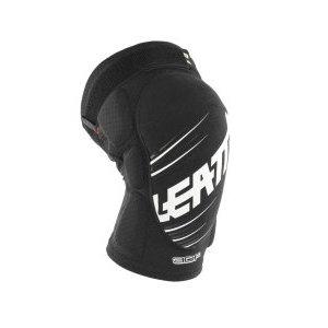 Наколенники подростковые Leatt 3DF 5.0 Knee Guard Junior, черный, 5016100900Защита колена<br>Мягкие наколенники, которые отлично защищают даже от сильных ударов, благодаря вставкам из патентованного пеноматериала со сложной трёхмерной структурой. Синтетический материал внутренника хорошо отводит влагу, внешняя часть усилена арамидным волокном для устойчивости к истиранию.<br><br><br><br>ОСОБЕННОСТИ<br><br><br><br>Лёгкие и удобные мягкие наколенники, созданные специально для юных райдеров<br><br>Отвечают требованиям стандарта безопасности CE<br><br>Дополнительные накладки по бокам для защиты наиболее уязвимых частей колена<br><br>Силиконовые накладки на внутренней части предотвращают сползание<br><br>Внешняя часть усилена арамидным волокном для устойчивости к истиранию<br><br>Регулируемые застёжки для идеальной подгонки по ноге<br>