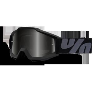 Велоочки 100% Accuri UTV/ATV OTG Superstition / Dark Smoke Lens, 50205-118-02Велоочки<br>Классическая вело и мотокроссовая маска лаконичного дизайна – Accuri стильно выглядит, хорошо вентилируется и обеспечивает отличный обзор. Благодаря силиконовой накладке, резинка будет надёжно держаться на шлеме. В комплекте – текстильный чехол.<br><br><br><br>ОСОБЕННОСТИ<br><br><br><br>Цвет оправы/резинки: чёрный<br><br>Цвет линзы: дымчато-серый<br><br>В комплекте – текстильный чехол<br>