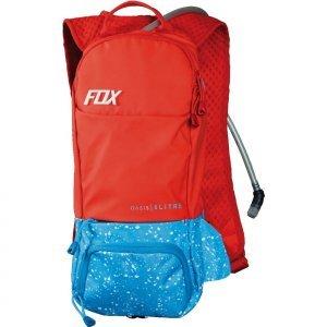 Рюкзак-гидропак Fox Oasis Hydration Pack, красный, 11686-003Велорюкзаки<br>Небольшой технологичный рюкзак с гидратором. Основная его особенность – прилегающая к спине панель, изготовленная из мягкого пеноматериала EVA со специальными каналами для вентиляции. Резервуар гидратора легко открывается, так что его удобно наполнять и мыть. Кроме того, на рюкзаке имеются стропы для крепления кросскантрийного шлема.<br><br><br><br>ОСОБЕННОСТИ<br><br><br><br>Материал: 100% - полиэстер<br><br>Задняя панель из пеноматериала EVA со специальными каналами для вентиляции<br><br>Узкий вытянутый профиль для большей свободы движений райдера<br><br>Двухлитровый резервуар гидратора легко открыть для наполнения или мойки<br><br>Стропы для крепления кросскантрийного шлема<br><br>Отдельный карман для инструментов<br><br>Карман для очков, отделанный флисом<br><br>Удобный клапан гидратора под названием Bite Surge<br><br>Цвет: красный<br>