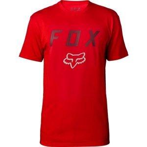 Велофутболка Fox Contended SS Tech Tee, темно-красный 2018Велофутболка<br>Оригинальная футболка от Fox, которая отлично подойдёт как для занятий спортом, так и для повседневного ношения. Модель свободного кроя, выполненная из мягкой синтетической ткани. Основная особенность этой футболки – фирменная технология TRUDRI от Fox, благодаря которой материал быстро сохнет и эффективно отводит влагу от тела.<br><br><br><br>ОСОБЕННОСТИ<br><br><br><br>Материал: 85% - полиэстер, 15% - хлопок<br><br>Свободный крой<br><br>Оригинальный принт<br><br>Технология TRUDRI<br>