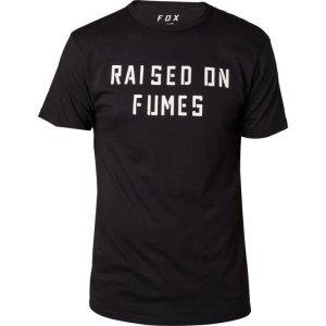 Велофутболка Fox Raised On Fumes SS Tech Tee, черный 2018Велофутболка<br>Оригинальная футболка от Fox, которая отлично подойдёт как для занятий спортом, так и для повседневного ношения. Модель свободного кроя, выполненная из мягкой синтетической ткани. Основная особенность этой футболки – фирменная технология TRUDRI от Fox, благодаря которой материал быстро сохнет и эффективно отводит влагу от тела.<br><br><br><br>ОСОБЕННОСТИ<br><br><br><br>Материал: 85% - полиэстер, 15% - хлопок<br><br>Свободный крой<br><br>Оригинальный принт<br><br>Технология TRUDRI<br>
