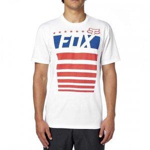 Велофутболка Fox Red White And True SS Tee, белый 2016Велофутболка<br>Высококачественная футболка с коротким рукавом от Fox. Модель приталенного кроя, выполненная из плотной хлопковой ткани и декорированная оригинальным принтом.<br><br><br><br>ОСОБЕННОСТИ<br><br><br><br>Материал: 60% - хлопок, 40% - полиэстер<br><br>Приталенный<br><br>С-образный вырез<br><br>Оригинальный принт<br>