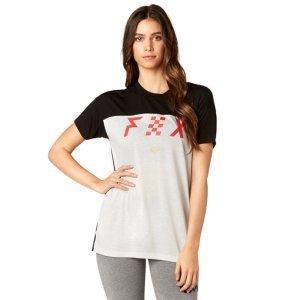 Велофутболка женская Fox Rodka SS Top Cloud, серый 2018Велофутболка<br>Оригинальная женская футболка от Fox. Модель выполнена из плотной синтетической ткани и декорирована оригинальным принтом.<br><br><br><br>ОСОБЕННОСТИ<br><br><br><br>Материал: 50% - полиэстер, 50% - вискоза<br><br>С-образный вырез<br><br>Оригинальный принт<br>