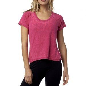 Велофутболка женская Fox Whirlwind SS Tee Burgundy 2016Велофутболка<br>Стильная и удобная футболка от Fox, выполненная из мягкой хлопковой ткани. Основные особенности данной модели – V-образный вырез, закатанные рукава и карман на груди.<br><br><br><br>ОСОБЕННОСТИ<br><br><br><br>Материал: 60% - хлопок, 40% - полиэстер<br><br>V-образный вырез<br><br>Закатанные рукава<br><br>Карман на груди<br>