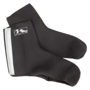 Защита обуви M-WAVE, неопрен, светоотражательные элементы, р-р M/L, черная, 5-715316Велообувь<br>Защита обуви 5-715316 неопрен светоотраж. эл-ты р-р M/L черная M-WAVE<br>