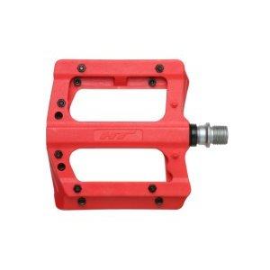 Педали велосипедные HT PA12A, красный, PA12A006101Педали для велосипедов<br>HT PA12A  — Нейлоновая платформа со сменными стальными шипами. Стильное и функционально решение для эндуро и даунхила,  где на первый план выходит сцепление и контроль над велосипедом.<br><br>Сама платформа защищена от сколов и повреждений от камней, а благодаря использованию армированного нейлона, педали весят всего 354 грамм. При повреждении самого шипа, посадочное место не деформируется, что существенно облегачает их замену.  Повышенная устойчивость к большим нагрузкам и износу, качественное сцепление благодаря 10 шипам и  бонус в виде большого цветового спектра — делают эти педали одними из лучших на рынке в своей ценовой категории.<br><br><br><br>ОСОБЕННОСТИ:<br><br><br><br>— Вес: 354 грамма<br><br>— Размер: 100 х  95 х 17 мм<br><br>— Материал корпуса: Армированный нейлон<br><br>— Материал шипов: сталь<br><br>— Ось: CNC machined cr-moly<br>